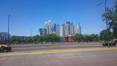 Buenos Aires á sólríkum degi.