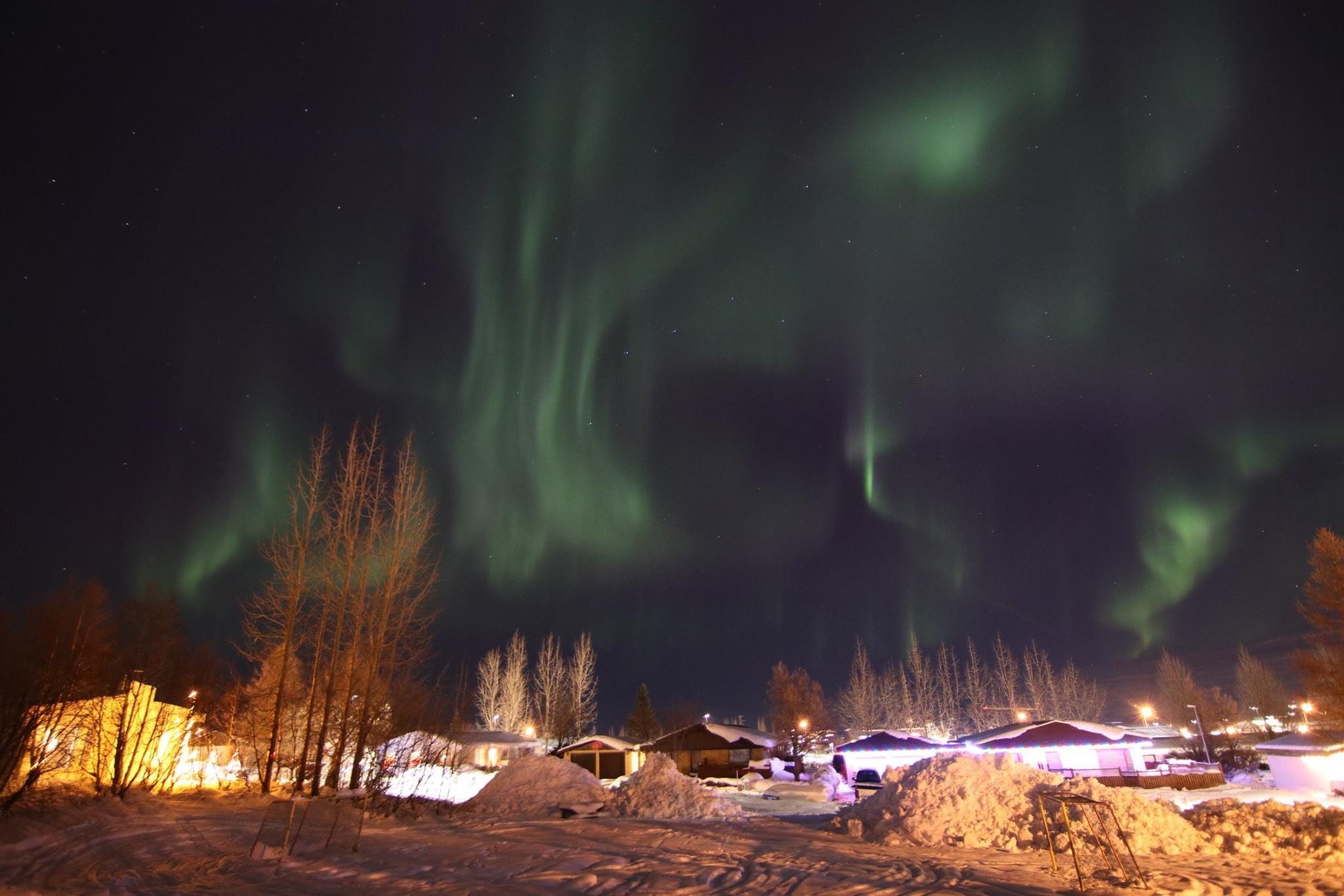 Ótrúleg norðurljós á Akureyri – Myndir