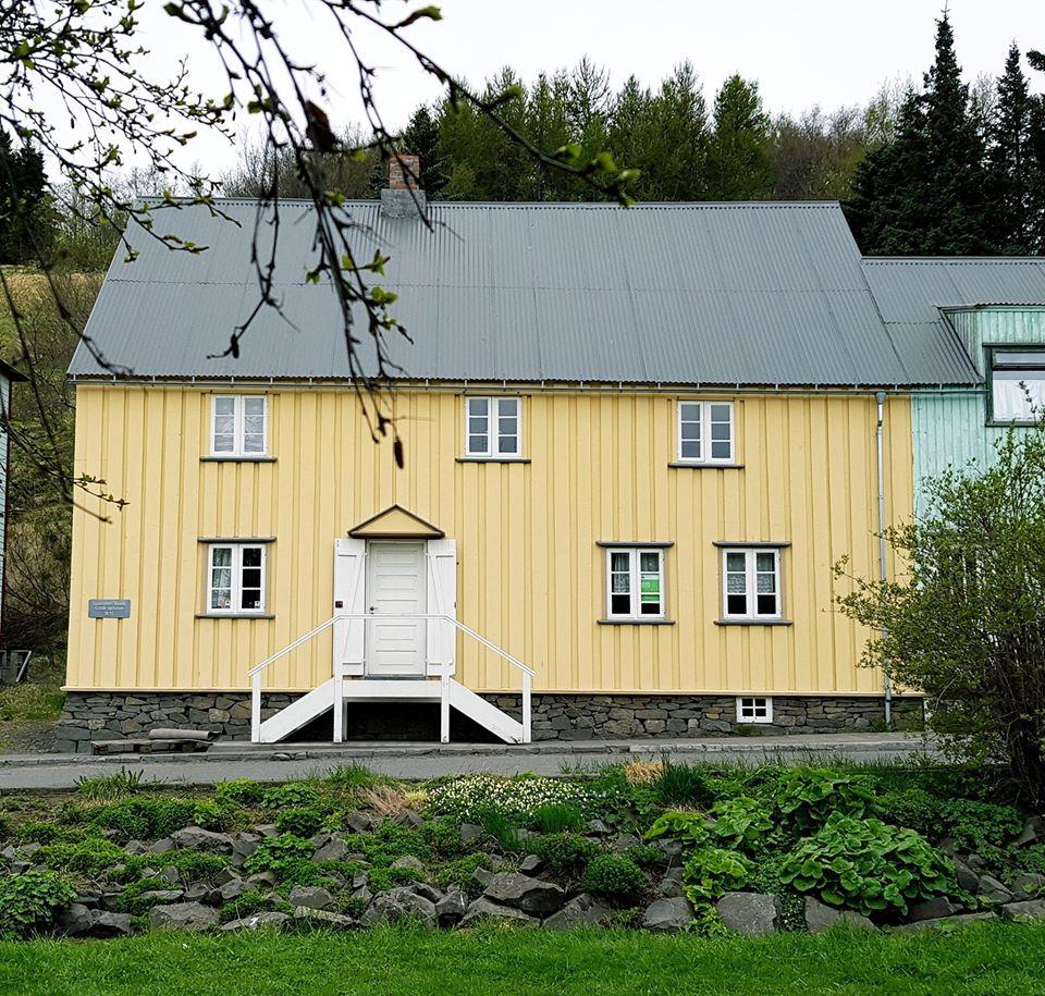 Opna kvennaathvarf á Akureyri