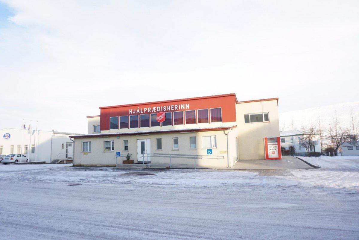 Hjálpræðisherinn á Akureyri flytur